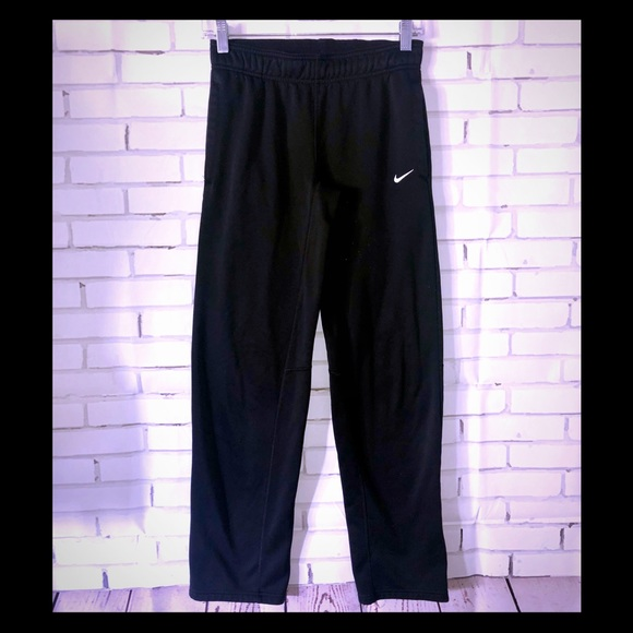 Nike therma-fit womens sz XS black pants